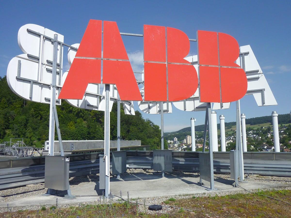Neoprop Lichtwerbung ABB Aussenbeschriftung Einzelbuchstaben