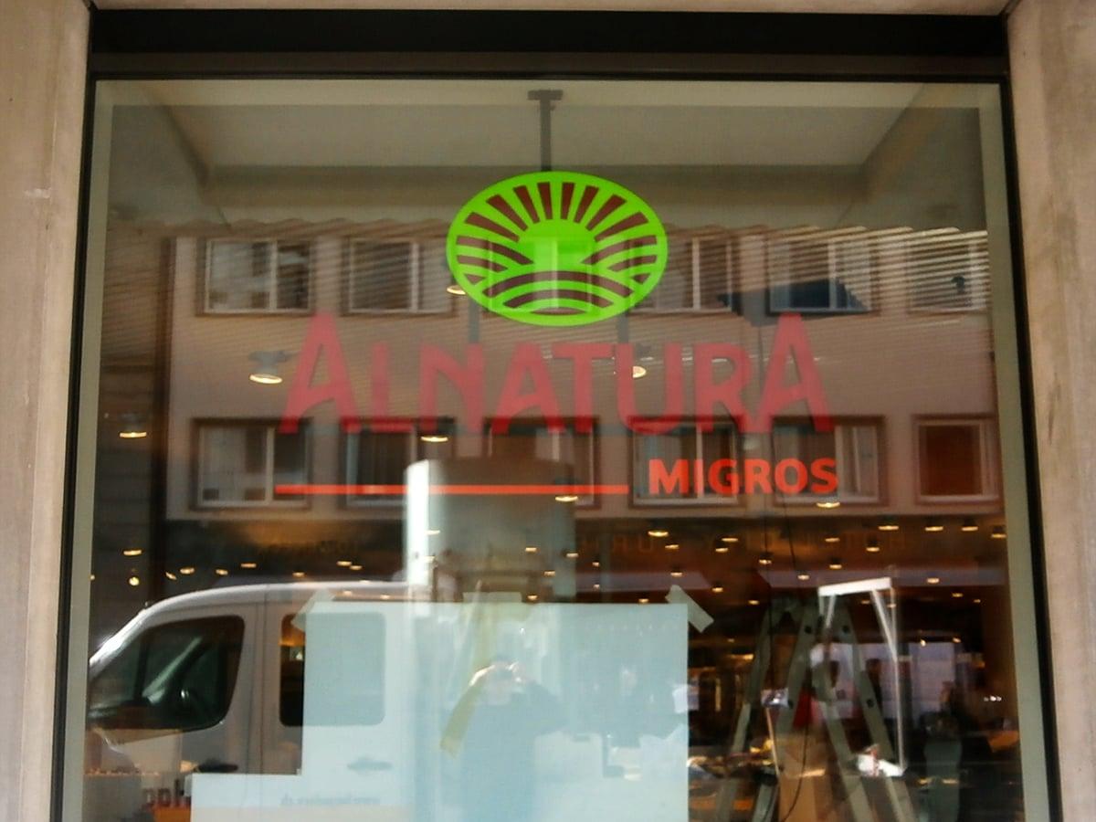Neoprop Lichtwerbung Einzelbuchstaben Alnatura Migros Bio Supermarkt