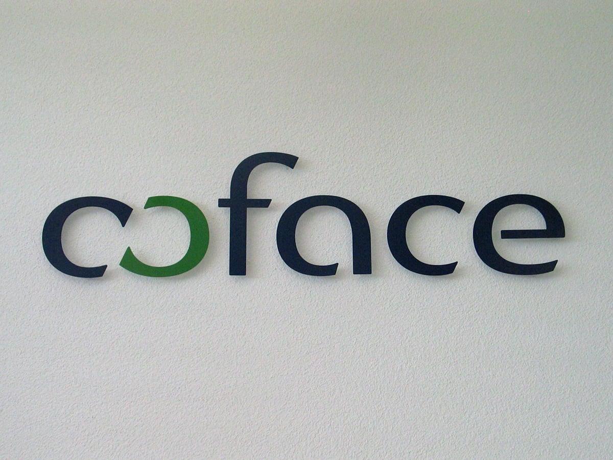 Neoprop Innenbeschriftung Coface Flachschrift lackiert